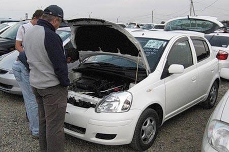 Продавец машины и ее цена