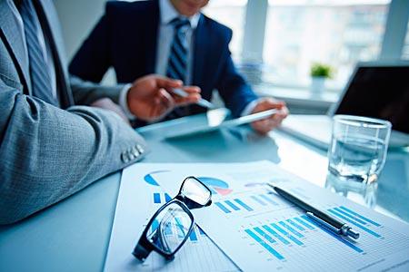 Заработок на бизнес-консультациях