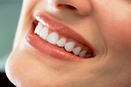 Больные зубы нужно не только протезировать, но и реставрировать
