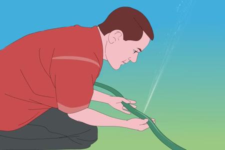 Как устранить повреждение шланга