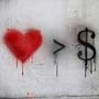 Ценность денег и человек