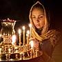 Зачем и как ставить свечи в церкви