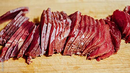 Нарезка мяса для джерки